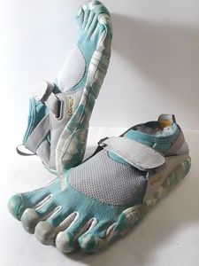 Vibram Barefoot Toe Camo Print Shoes Size 7